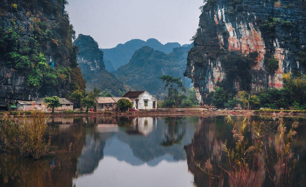 красиве фото дім в горах