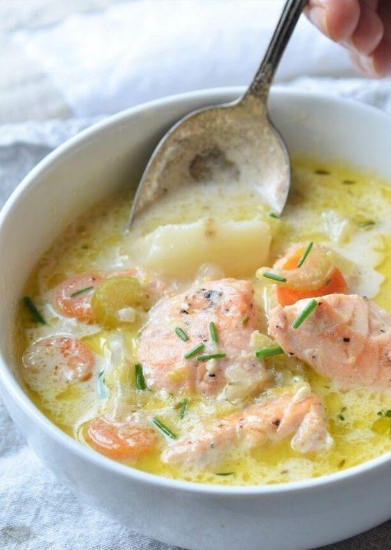 вершковий лососевий суп