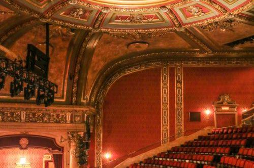 Безпечний театр: онлайн-спектаклі, які можна подивитися на карантині