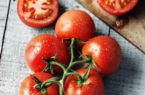 Як зняти шкірку з помідорів?